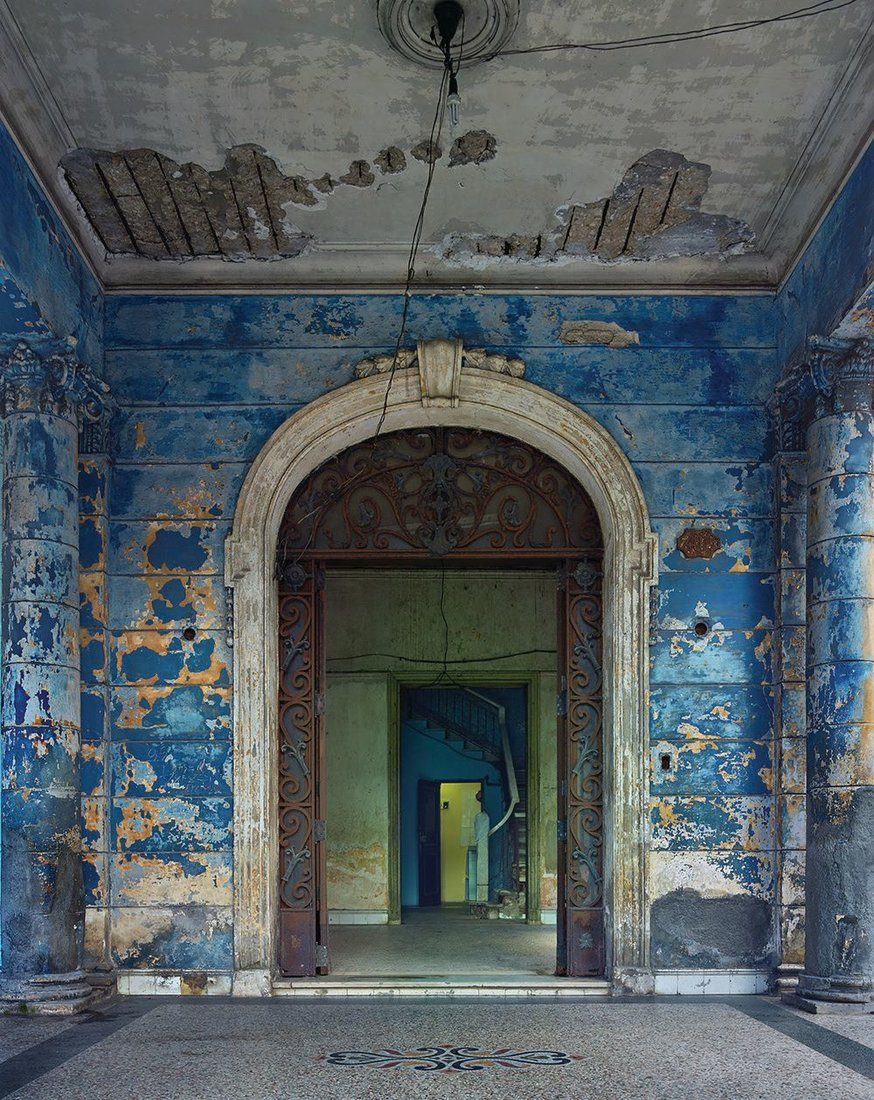 CUBA PHOTO COURTESY OF MICHAEL EASTMAN/ROBERT KLEIN GALLERY