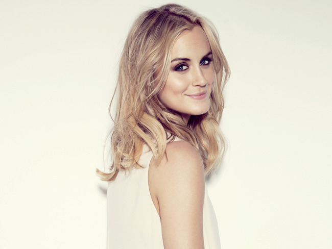 2 - Taylor Schilling on Life Before 'Orange is…